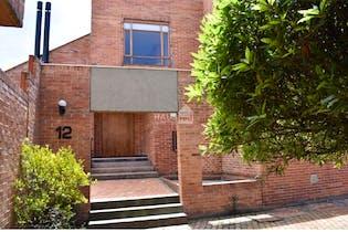 Casa en venta en Barrio San José De Bavaria de 4 hab. con Jardín...