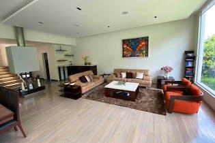 Casa en venta en Tarango, 444mt de tres niveles