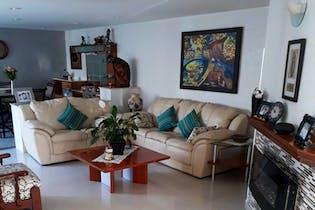 Casa en venta en Santa Cruz Del Monte, 285mt de tres niveles