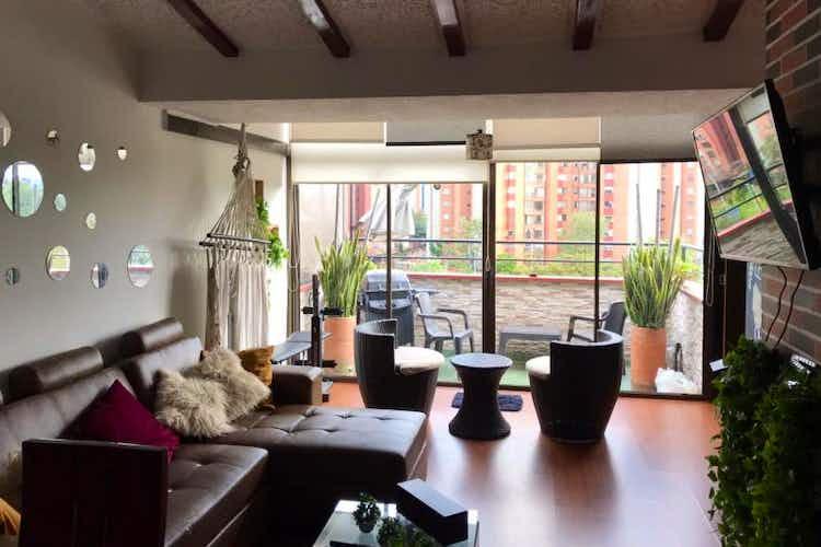 Portada Apartamento en venta en La Esmeralda, de 97mtrs2