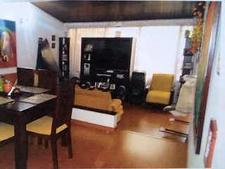 Una sala de estar llena de muebles y una televisión de pantalla plana en Casa en venta en Mandalay, de 225,59mtrs2