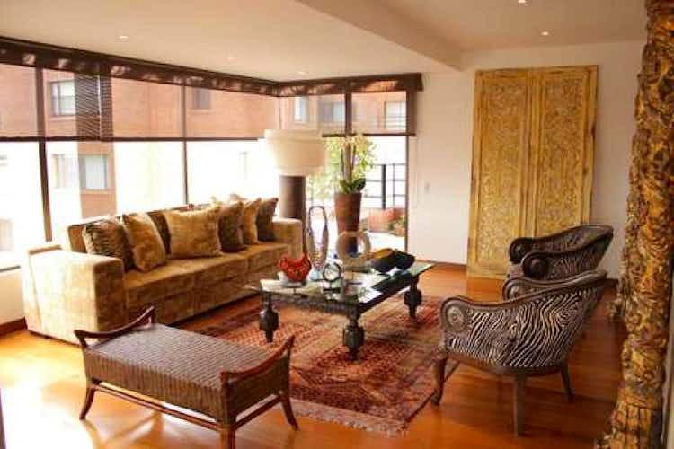 Portada Apartamento en venta en La Calleja, de 321mtrs2