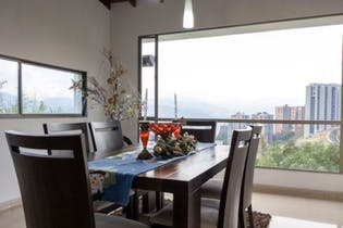 Casa en venta en Loma Del Escobero de 6 alcobas