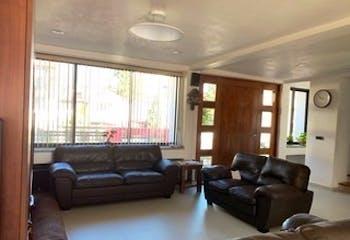 Casa en venta en Lomas Axomiatla, 377mt de dos niveles