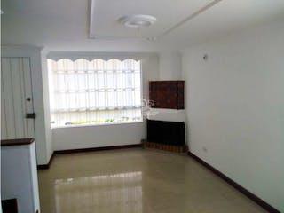 Casa en venta en Barrio Niza, Bogotá