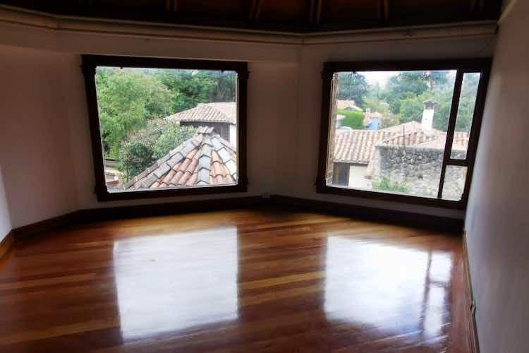 Portada Casa en venta en  Sotileza de  4 habitaciones