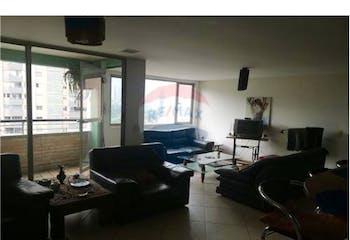 Apartamento en venta en Sabaneta de 4 hab. con Jardín...