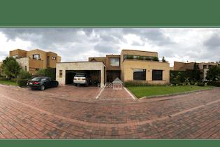 Casa en venta en Cajicá, 635m² con Jardín...