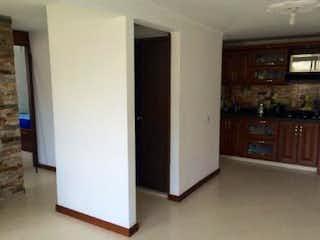 Un refrigerador congelador blanco sentado dentro de una cocina en Apartamento en venta en Villas del Sol, de 54,6mtrs2