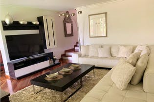 Casa en venta en Envigado 450m² con Jardín...