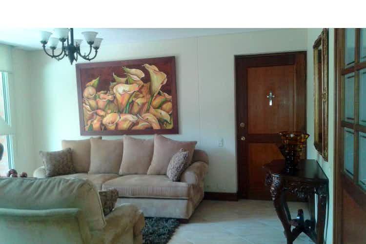 Portada Apartamento en venta en Laureles de 4 habitaciones
