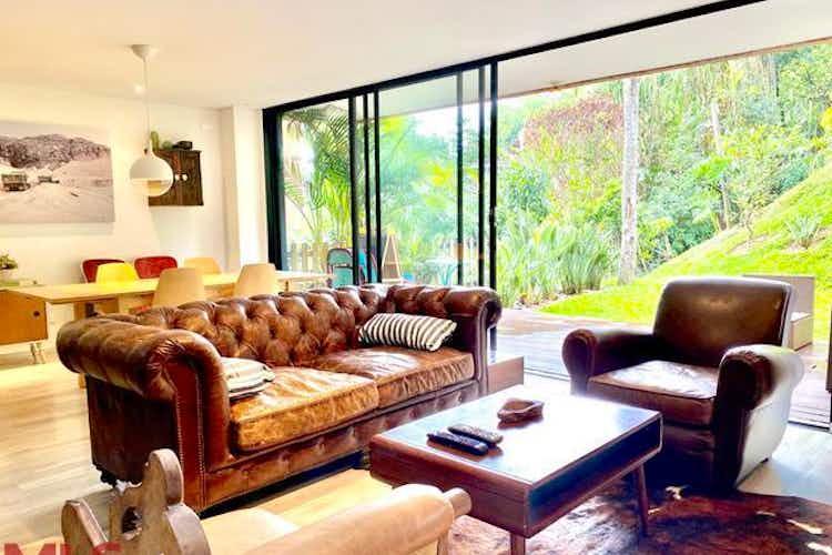 Portada Casa en venta en Loma del Atravezado, 184mt de dos niveles