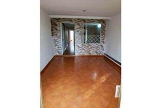 Casa en venta en Engativa Centro de 4 hab.