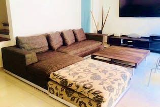 Casa en venta en Lomas de Tarango, 241mt de tres niveles.