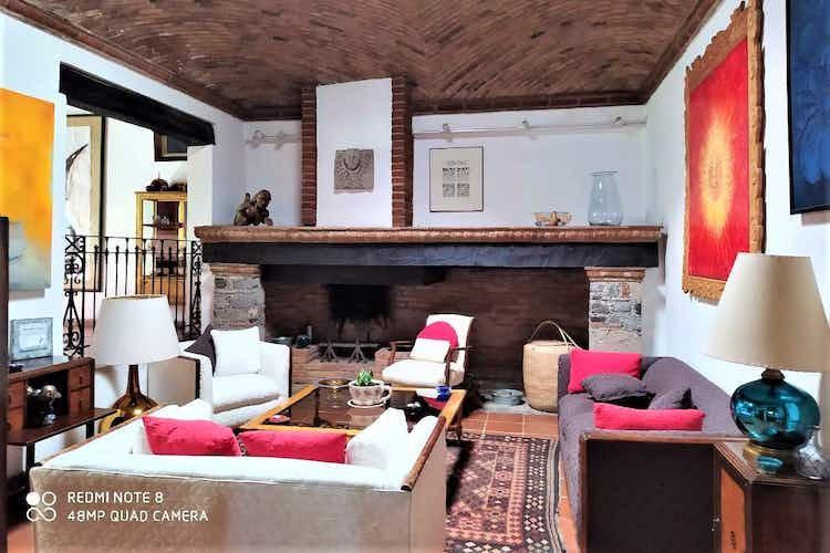 Portada Casa en venta en Olivar de los Padres, de 650mtrs2