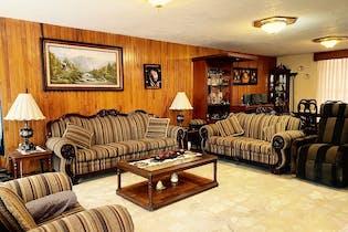 Casa en venta en  Paseos de Churubusco de 4 recámaras