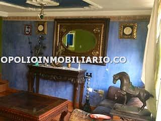 Una imagen de una sala de estar con un sofá en apartamento en venta en Cucaracho, de 115mtrs2 Duplex