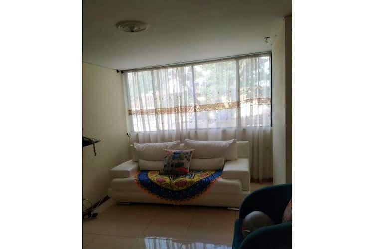 Portada Apartamento en venta en Los Colores de  4 habitaciones