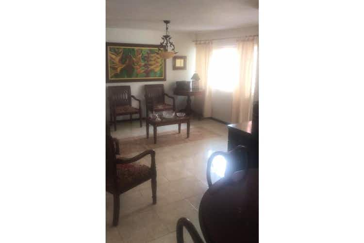 Portada Casa en venta en Barrio Laureles, de 140mtrs2