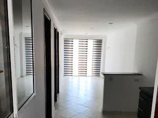 Un cuarto de baño con ducha y lavabo en Apartamento en venta en  Calasanz de 2 habitaciones