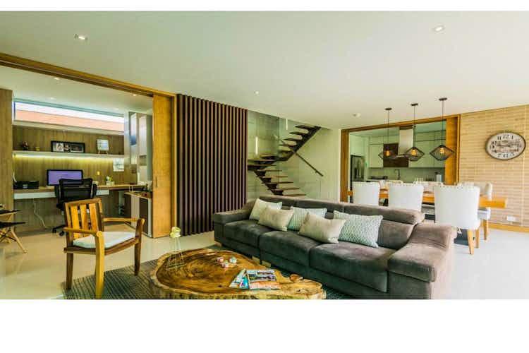 Portada Casa en venta en Altos de Palmas de 3 habitaciones