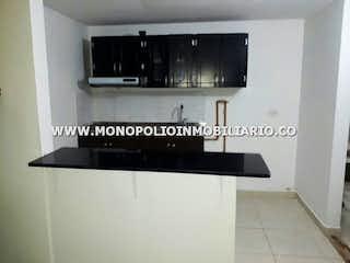 Una foto en blanco y negro de una cocina en RINCON DEL BOSQUE