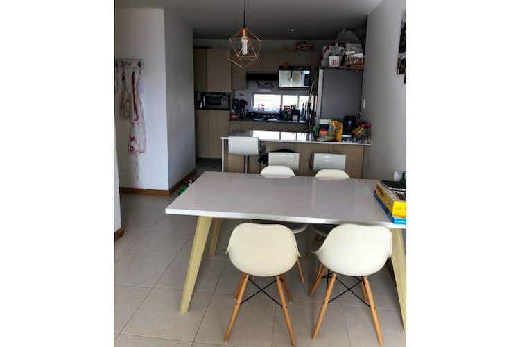 Portada Apartamento en venta en El Esmeraldal, de 72mtrs2