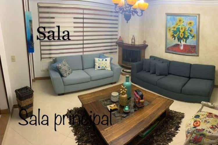 Portada Casa en venta en Chía de 4 habitaciones