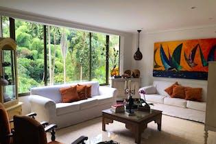 Casa en venta en Loma Benedictinos de 4 habitaciones