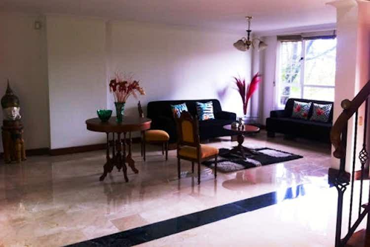 Portada Casa en venta en Loma Benedictos  de  3 habitaciones