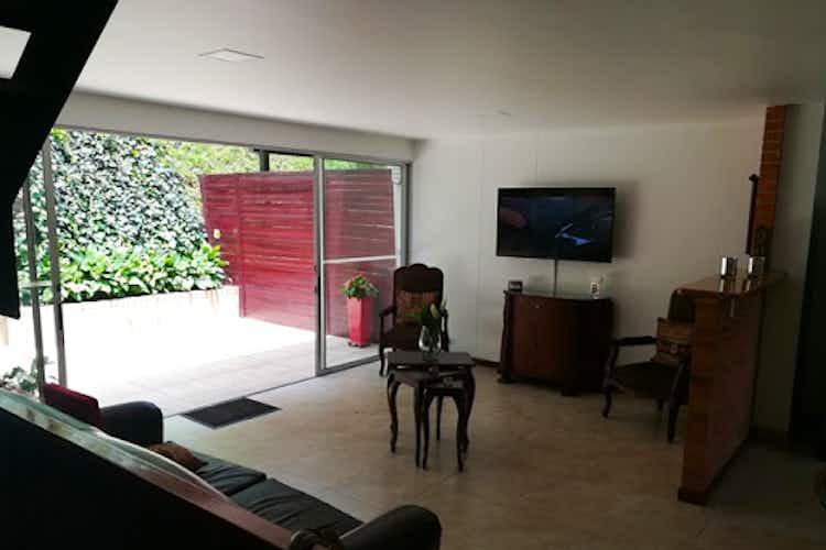 Portada Casa en venta en El Tesoro de  3 habitaciones