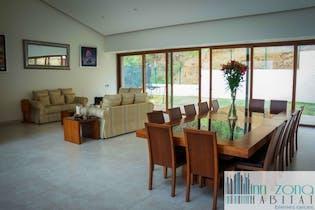 Casa en venta en Bosque Real Country Club, 1086mt de tres niveles