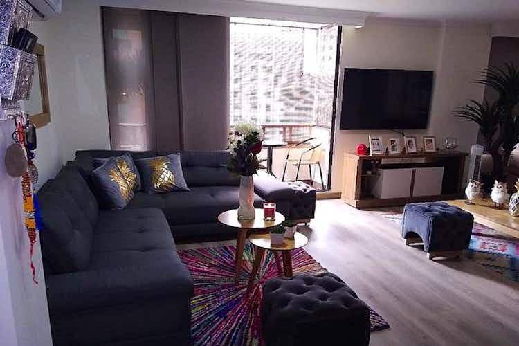 Portada Apartamento en venta en Laureles, 128mt con balcon