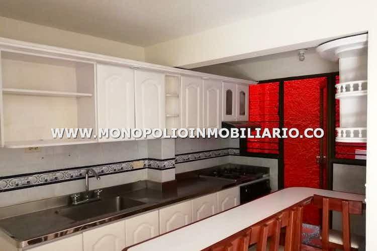 Portada Casa en venta en El Rincón  de 4 habitaciones