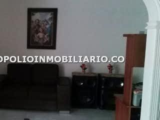 Una foto en blanco y negro de una sala de estar en Casa en venta en Palenque, 156mt
