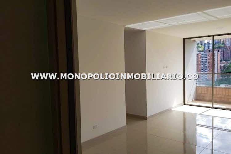 Portada Apartamento en venta en La Paz, 82mt con balcon