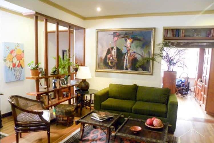 Portada Casa en venta en Los Mártires de  4 habitaciones