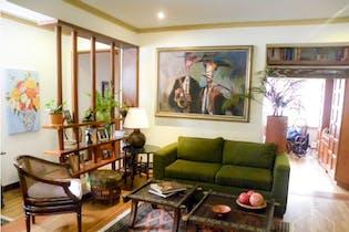 Casa en venta en Los Mártires de 4 habitaciones
