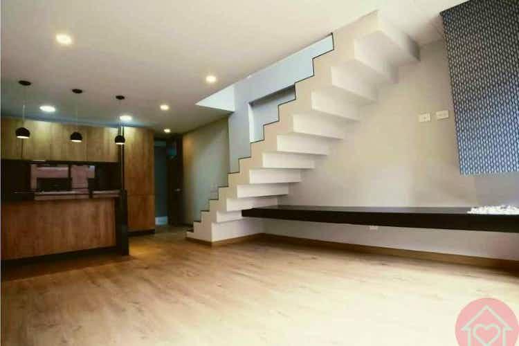 Portada Apartamento en venta en Rosales, 81mt duplex