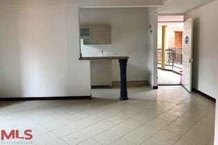 Colinas Del Bosque, Apartamento en venta en Uribe ANgel de 1 habitacion