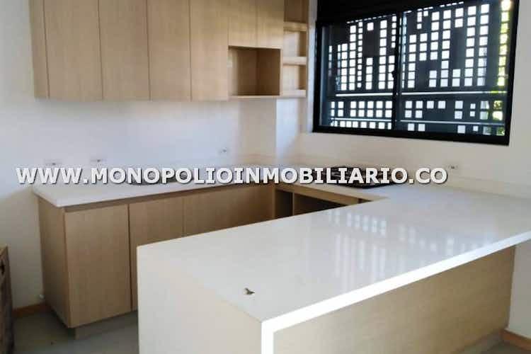 Portada Apartamento en venta en  Santa Monica de 3 habitaciones