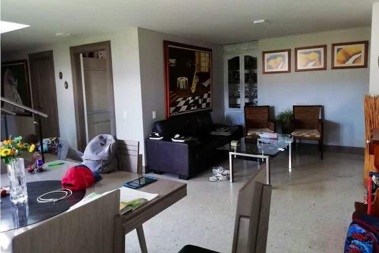 Portada Apartamento en venta en La Mota de 5 habitaciones
