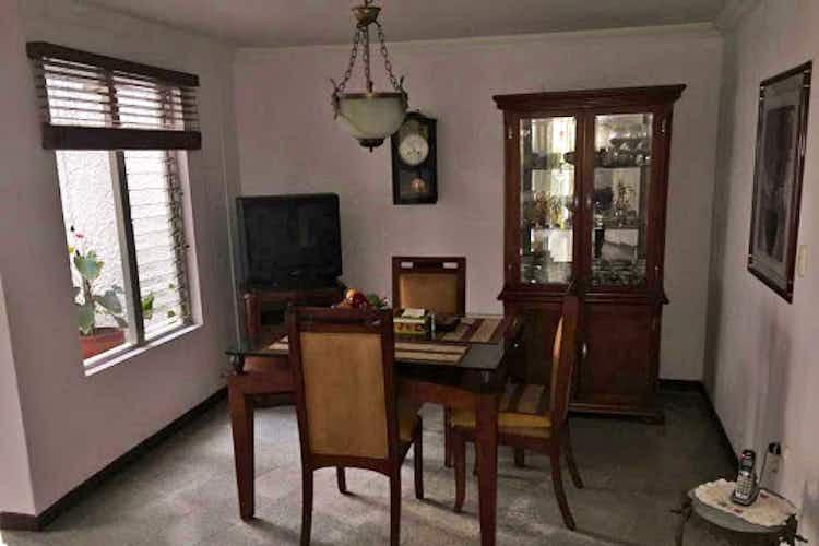 Portada Casa en venta en Los Colores de  3 habitaciones