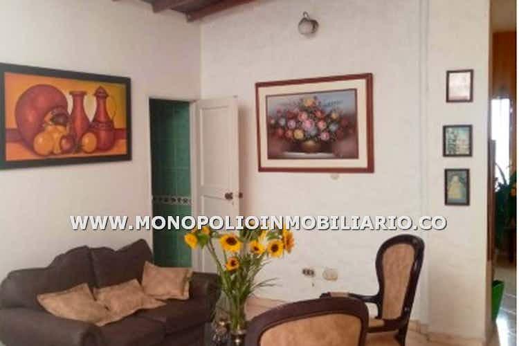 Portada Casa en venta en Miraflores de 4 habitaciones