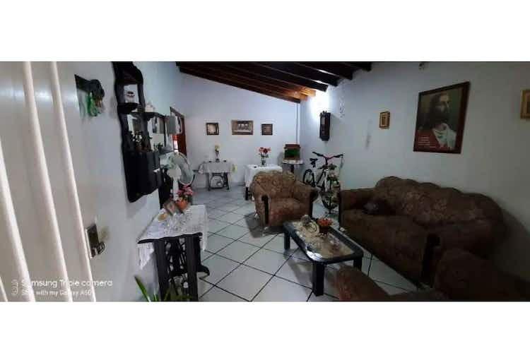 Portada Casa en venta en La Floresta de 3 habitaciones