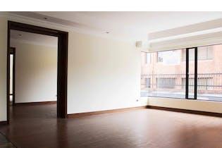 Apartamento en Los Mártires, Centro, 3 Habitaciones- 328m2.
