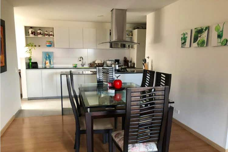 Portada Apartamento en venta en Carlos E. Restrepo de 3 habitaciones