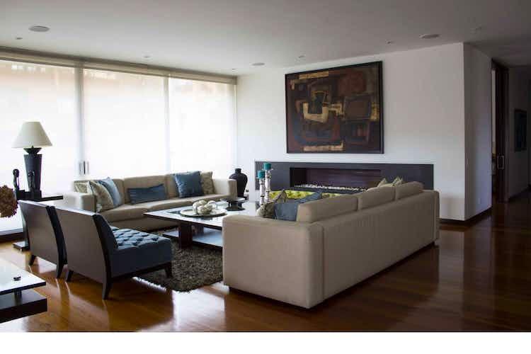 Portada Apartamento en la Cabrera con terraza, ascensor personal, cuatro habitaciones c/u con vestier