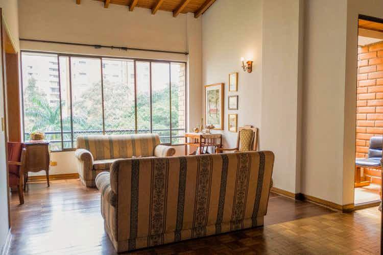 Portada Apartamento en venta en La Aguacatala de  3 habitaciones