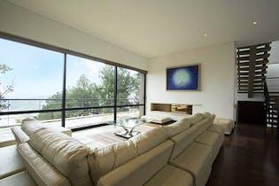 Casa en venta en Vía La Calera de 4 habitaciones